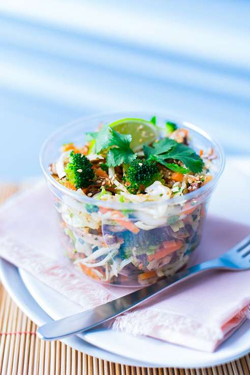 raw thai salad 500x749